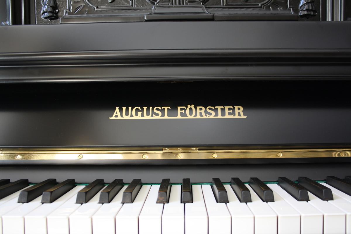 August Förster 143