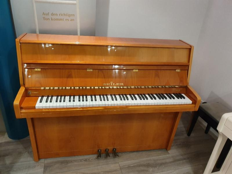 Piano Seiler 114 cherry